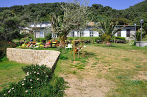 venue-Cargese-accomodation